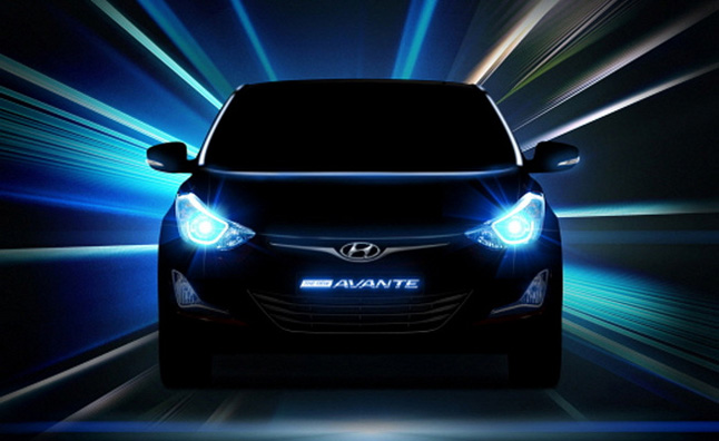 Hyundai Elantra Facelift Teaser Shows Lights, Wheels