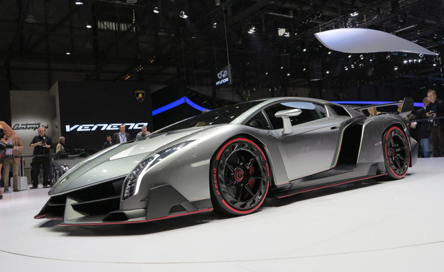 Lamborghini Veneno Roadster Confirmed for Production