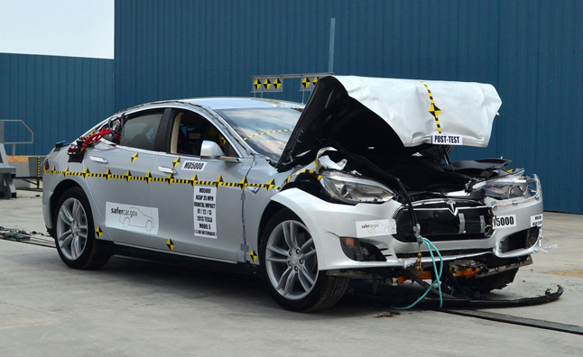 tesla-model-s-crash-test