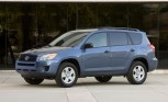 Toyota Recalls Almost 900,000 RAV4, Lexus HS 250h Models for Rear Suspension Issue