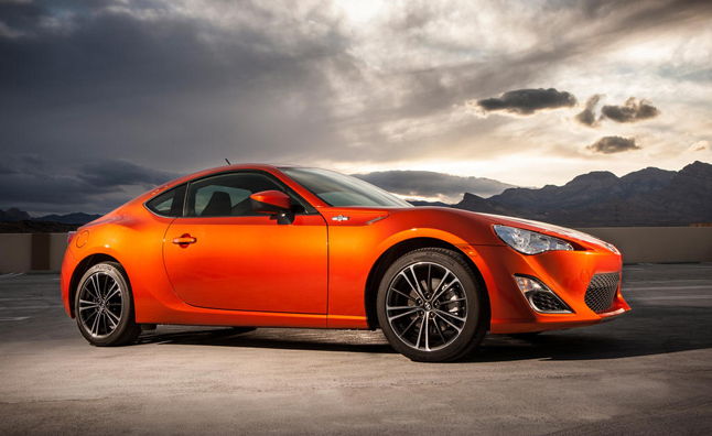 2013-Scion-FRS-orange-hot-lava-dark