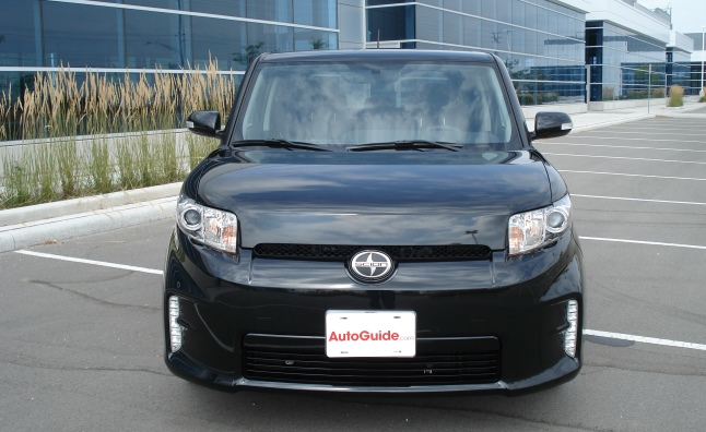 2013-Scion-xB-06