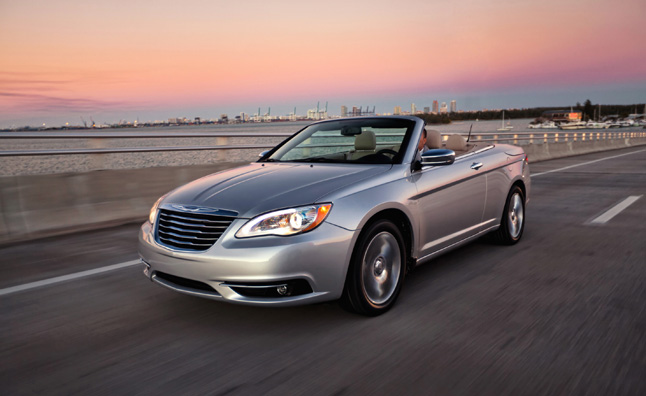 2013-chrysler-200-convertible