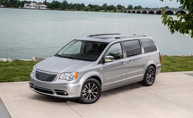 Chrysler Town & Country, Dodge Grand Caravan 30th Anniversary Models Announced