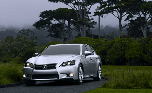 Lexus Drops Night Vision Tech