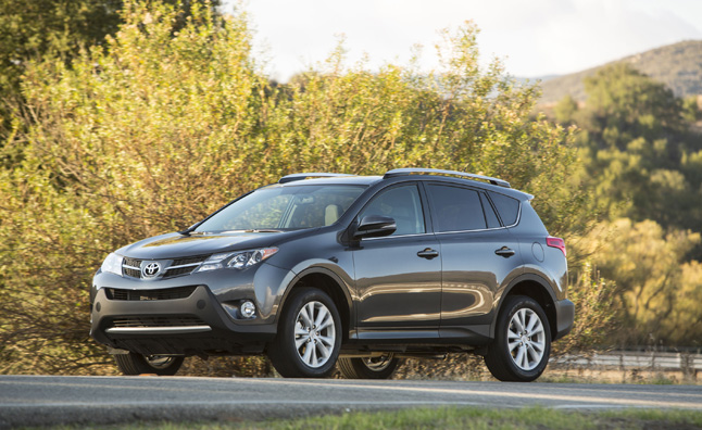 2014 Toyota RAV4 Adds Entune Audio, Advanced Safety Systems