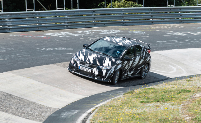 Watch and Hear the 2015 Civic Type R Tackle the Nurburgring