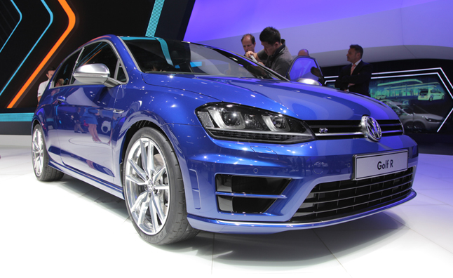 2015 Volkswagen Golf R Revealed: Live Photos from the Frankfurt Motor Show