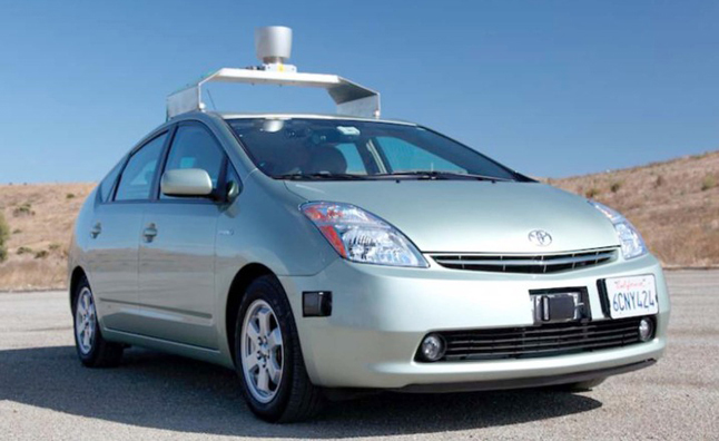"Driverless Cars ""Not in My Lifetime"" Says Toyota USA CEO"