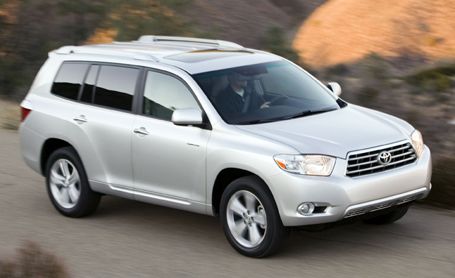 Toyota Recalls Hybrid Crossovers and Lexus Cars