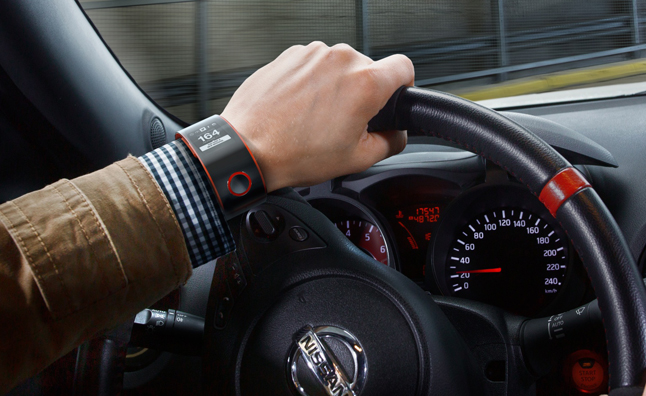 NISMO Smartwatch Concept Connects Driver and Car