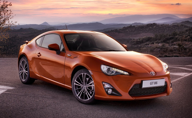 Toyota GT 86 Hybrid Under Development