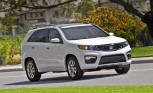 Kia Sorento Under Investigation for Shattered Sunroofs