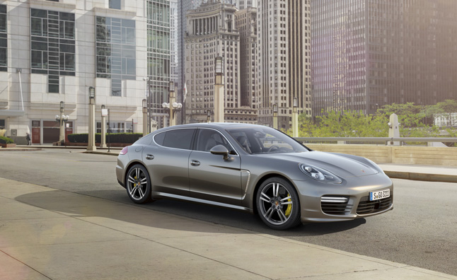2014-Porsche-Panamera-Turbo-S-Main