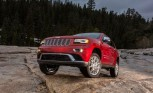 Chrysler Recalls 142,800 Pickups, SUVs for Software Defect