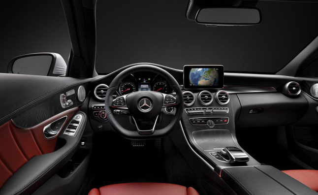 2015-mercedes-benz-c-class-interior-photo-Main