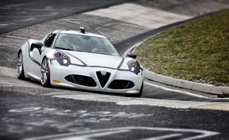 Watch the Alfa Romeo 4C Lap the Nurburgring
