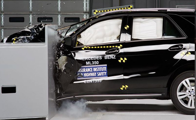 Mercedes-ML-IIHS