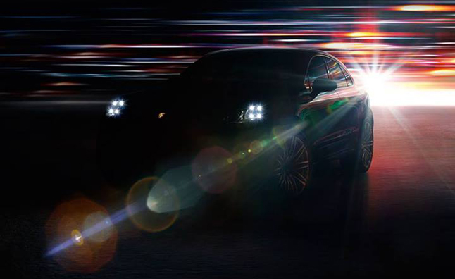 Porsche Macan Gets Sport Turismo Headlights