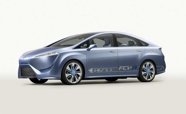 Toyota Hydrogen Car to Ride on Lexus Platform