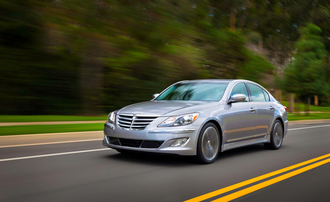 2014 Hyundai Genesis Sedan Gets MPG Downgrade