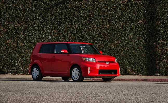 2013-scion-xb