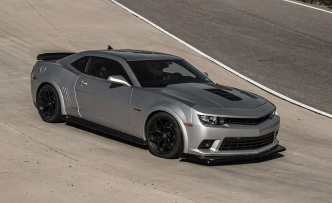 Camaro Keeps to Tradition as Mustang Goes Modern