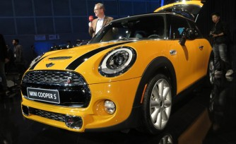 2014 MINI Cooper S Video, First Look