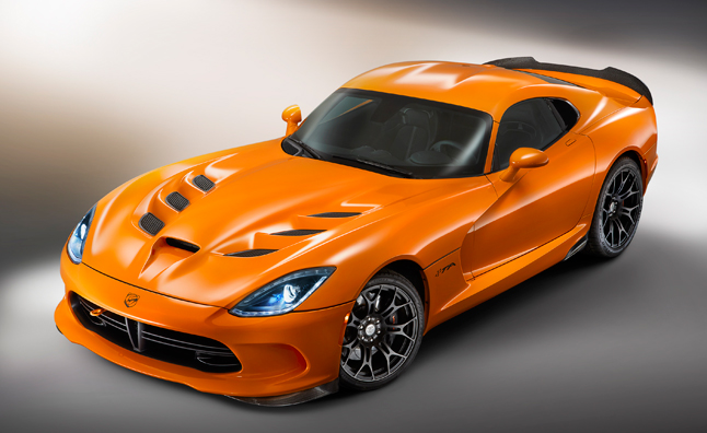 2014 SRT Viper TA is a Race-Ready Street Car