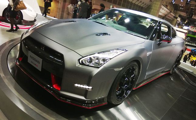 2015 Nissan GT-R, GT-R NISMO Revealed in Tokyo