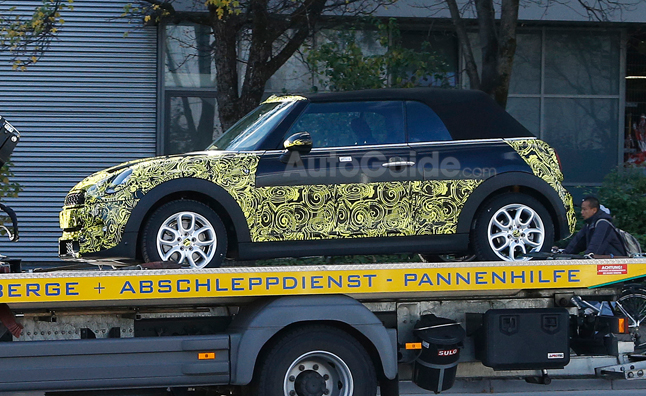 Next-Generation Mini Convertible Spotted in Munich