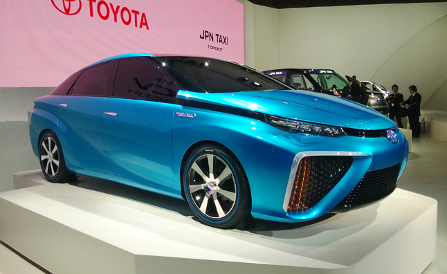 Toyota FCV Concept Points to Hydrogen-Powered Future
