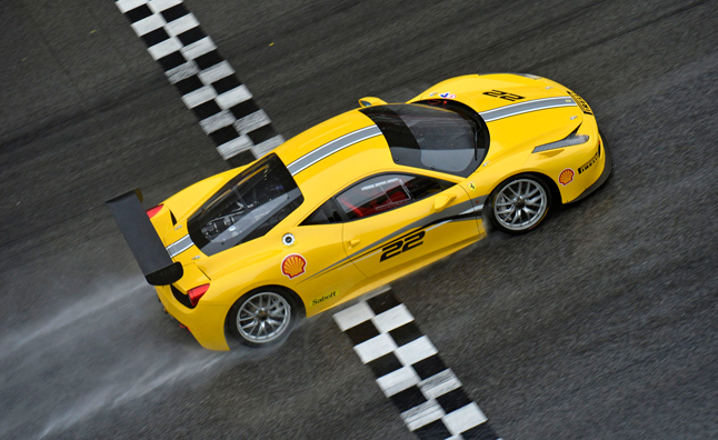 Ferrari 458 Challenge Evoluzione Gets Upgraded, Available in Coming Weeks