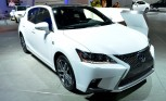 2014 Lexus CT200h Arrives in LA With Spindly Face