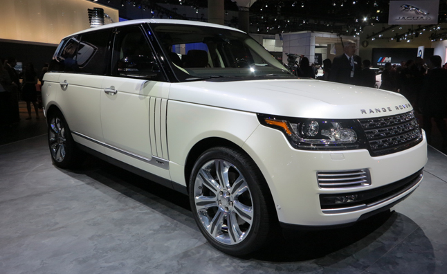 Range Rover Autobiography Black Goes Long on Luxury