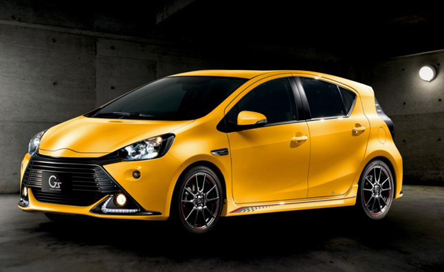 toyota-prius-c-sports-concept-2013-tokyo-motor-show