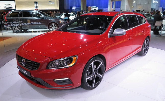2015 Volvo V60 R-Design Video, First Look