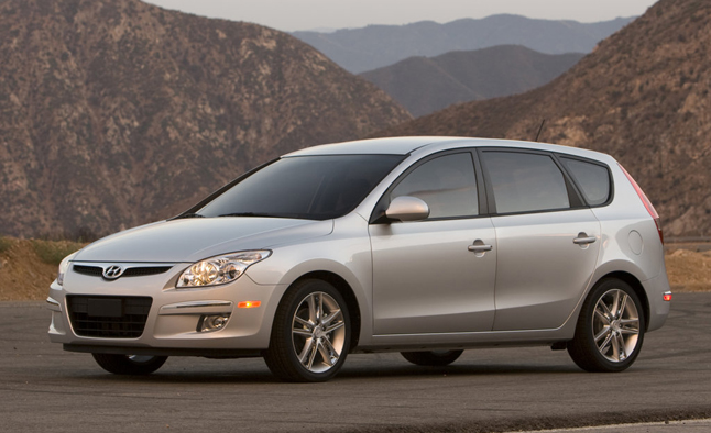 Hyundai Elantra Airbag Recall Could Expand