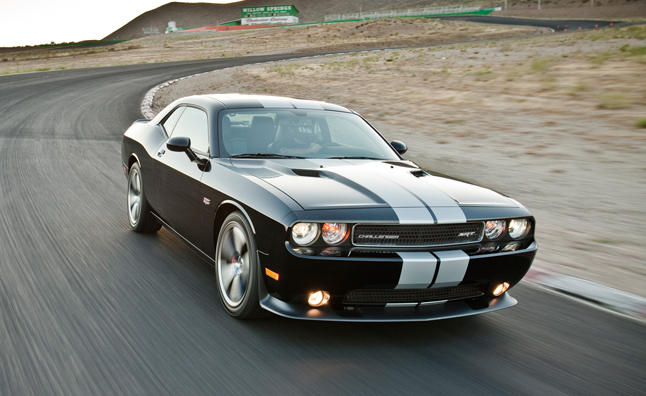 2013-dodge-challenger-srt8-392