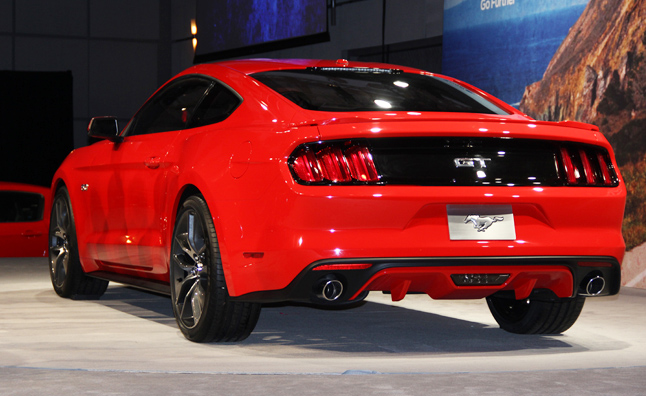 2015 Ford Mustang Video, First Look