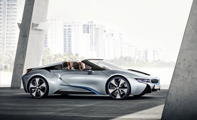 BMW i8 Spyder Heading for Production