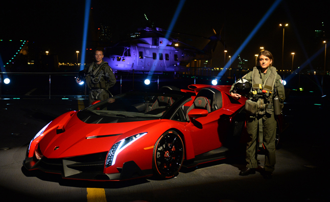 Lamborghini Veneno Roadster + Aircraft Carrier = Wild Debut