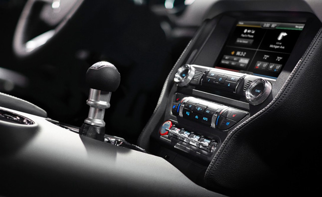 Ford Launching New SYNC AppLink in 2015 Mustang