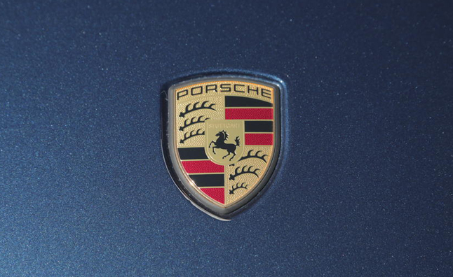 Porsche Cracks Worldwide Sales Record in 2013