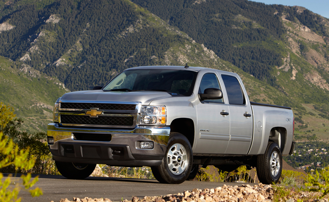 Chevy Silverado, GMC Sierra HD Models Recalled for Fuel Gauge Malfunction