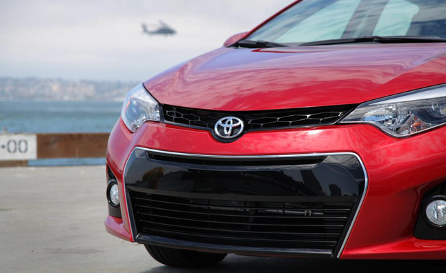2014 Toyota Corolla Front End