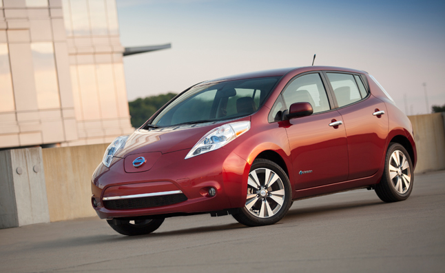 Nissan Leaf Crests 100,000 Global Sales