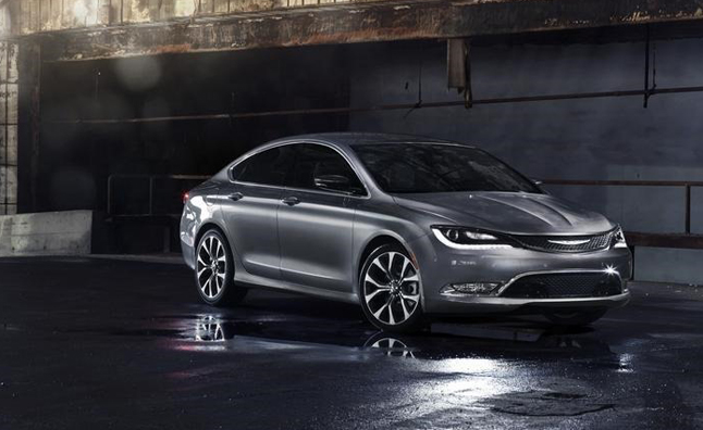 2015-Chrysler-200-1[8] (1)
