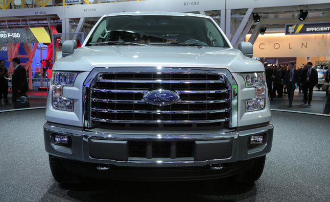 2015-Ford-F150-Nose-High