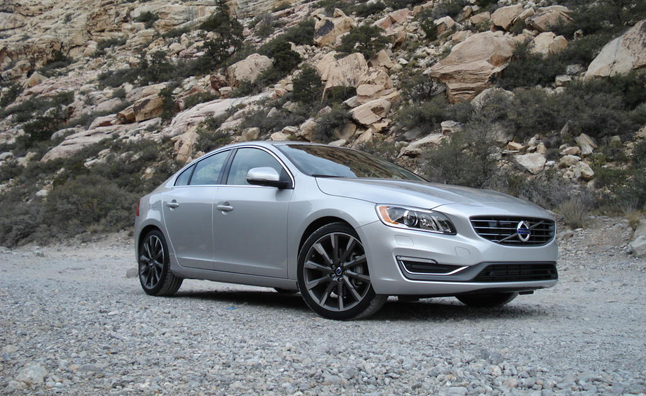 2015 Volvo V60, S60 get 37 MPG Highway Rating